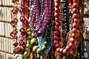 ドレッドを紐やビーズで飾るときの注意点 dreadlocks decoration
