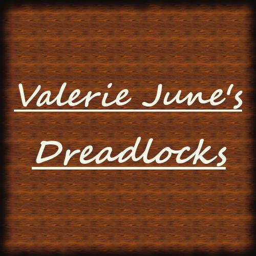 ヴァレリー・ジューンのドレッドヘア。Varelie June's dreadlicks